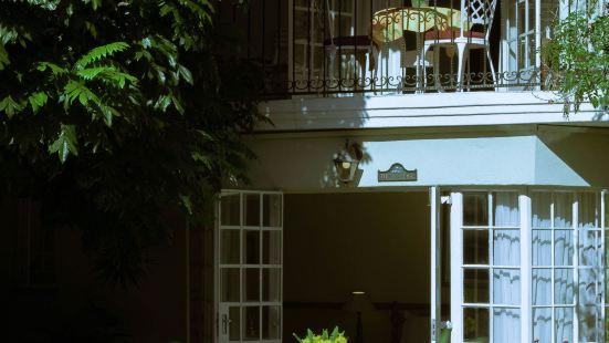 Darrenwood Guest House