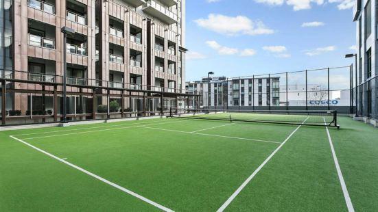 大平台及停車場翻新公寓酒店 - 都會管家酒店