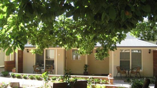Hahndorf Oak Tree Cottages