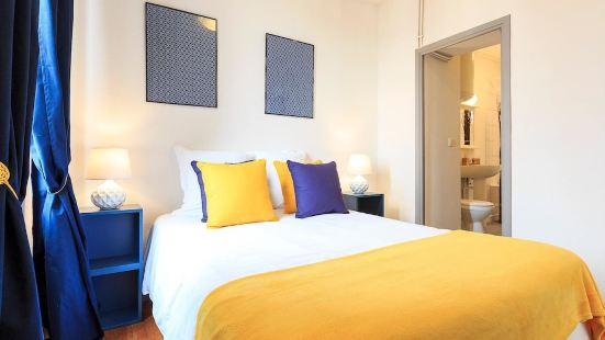 多米爾克萊蒙特芙昂旅館 - 黃色和藍色