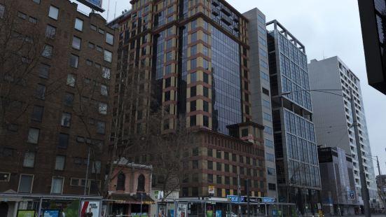 Riverside Apartment Melbourne