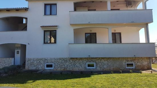 Apartment With one Bedroom in Vabriga, With Wifi - 5 km From the Beach