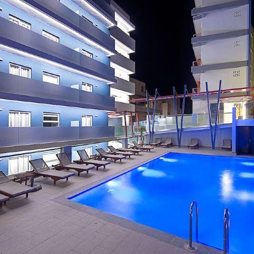 塞米勒米斯城市飯店