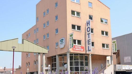 布爾關雅利厄捷酒店 (將成為宜必思快捷酒店)