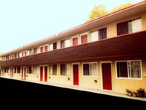 海濱酒店(Marina Inn)