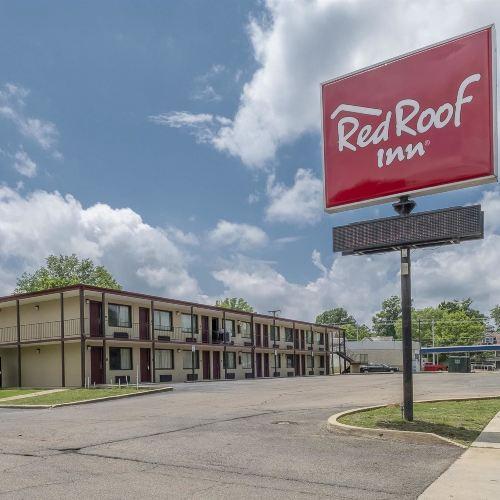 Red Roof Inn Starkville - University