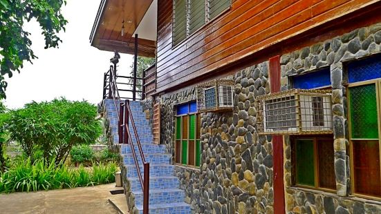 Puerto Bay View Inn