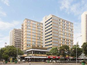 森特里馬680酒店(Sentrim 680 Hotel)
