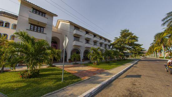 布蘭卡瓦圖爾科別墅酒店