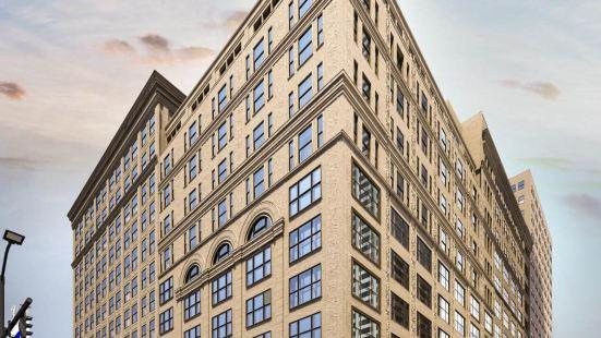 匹茲堡市中心全球奢華套房酒店