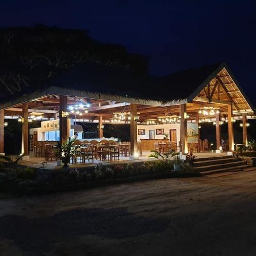 The Acacia Glamping Park