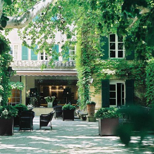 普利厄爾酒店