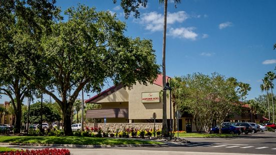 Midpointe Hotel by Rosen Hotels & Resorts At International Drive