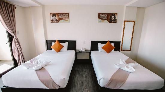 Navsot Hotel