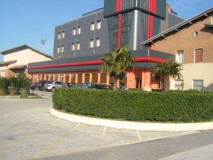 松恩酒店(Hotel Mediterraneo)