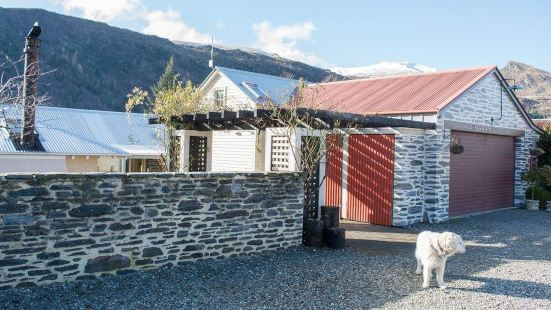 Arrowtown Lodge