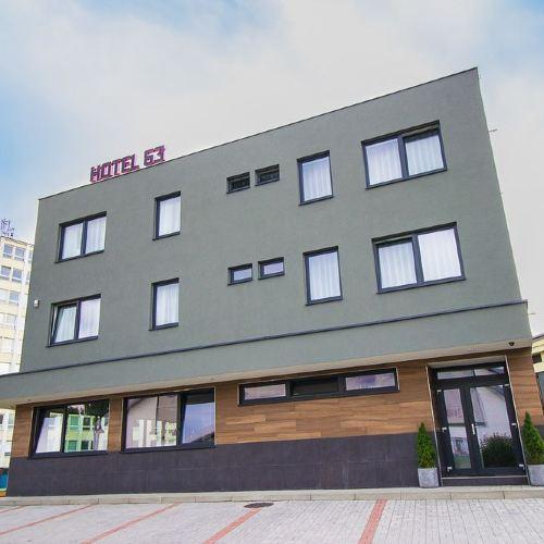 Hotel & Bistro 63