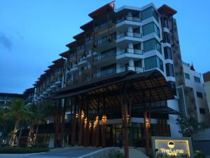 普吉島魯納芭東酒店(The Lunar Patong Phuket)