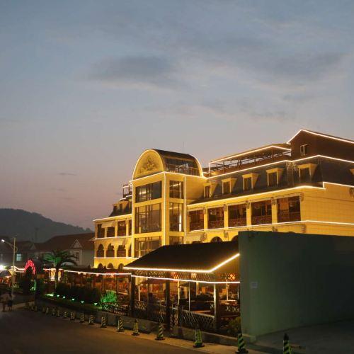 長海月亮灣假日酒店