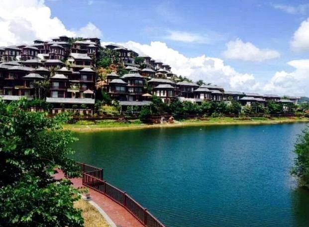 保亭那香山雨林度假酒店(浅山雨墅两房一厅 泳池)图片