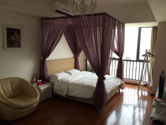 广州长隆儿童动物总动员主题式酒店公寓-森林小木屋