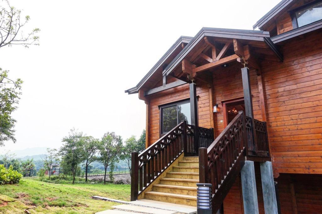 佛山美的鹭湖房车度假酒店(原森林度假酒店)-家庭四房两厅木屋别墅[含图片