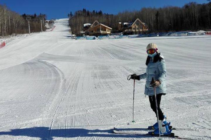 长白山自由之旅度假酒店(滑雪场门票1张)