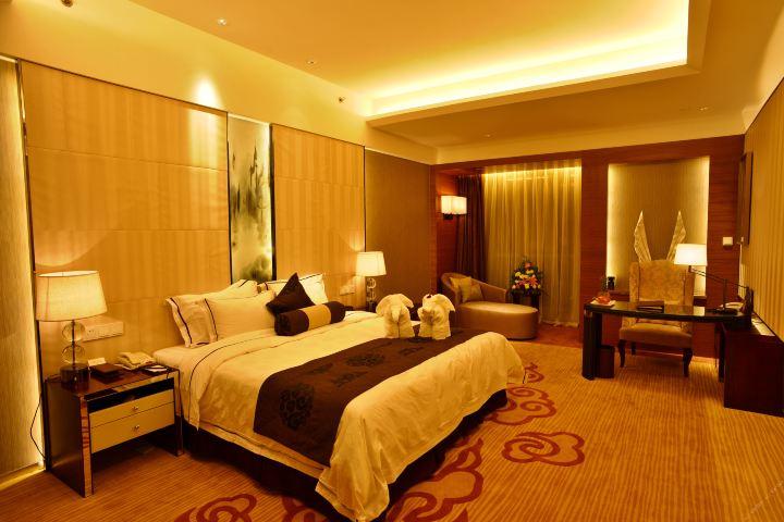 海门东恒盛国际大酒店(豪华房+自助晚餐)
