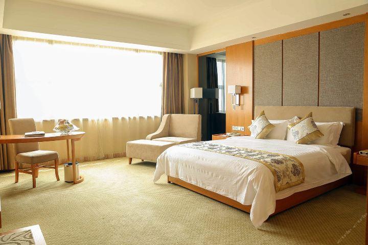 【含早】吉安国际酒店(标准大床房)