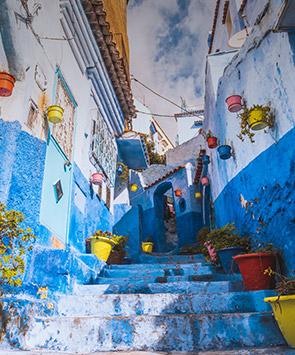 优雅的蓝白小镇