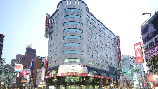 ケンブリッジ 台南 ホテル