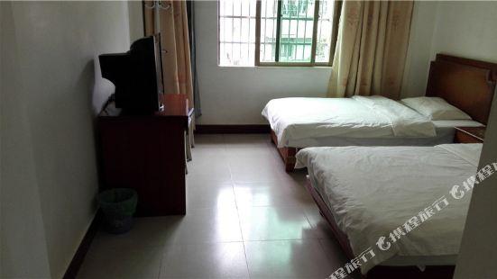 萬寧隆華旅館