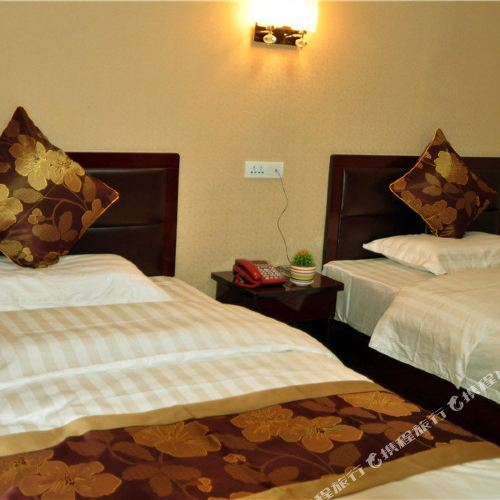 Louqiang Holiday Hotel