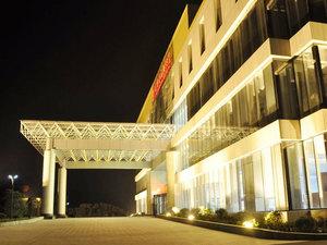 沂水龍岡大酒店