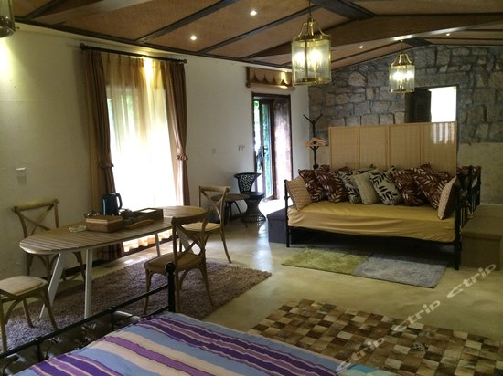 青岛崂山海草房精品度假酒店