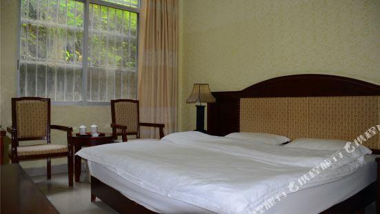 Shuolong Yangguang Hotel