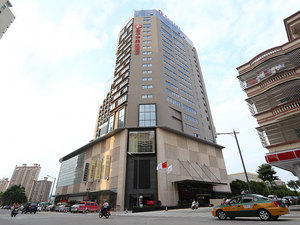 恩平華美達酒店