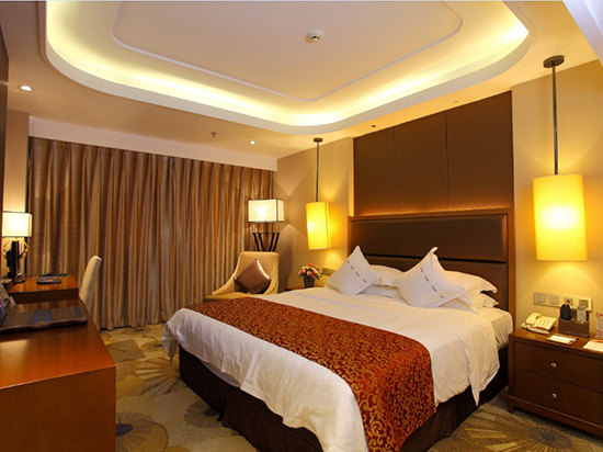 "<a href=""http://hotels.ctrip.com/pic-pid103070709/1904988.html"" name=""needTraceCode"" data-dopost=""T"" >豪华套房</a>"