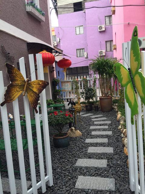 幼兒園樓梯水果主題布置