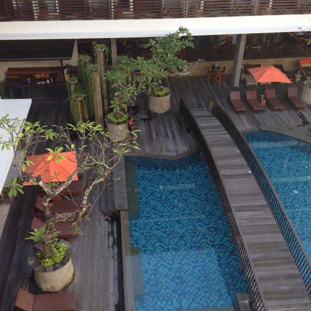 巴厘岛库塔太阳岛酒店(sun island hotel kuta bali)点评