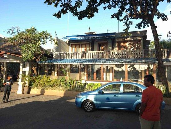 巴厘岛巴厘库海滨豪华私人泳池别墅酒店预订及价格