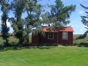 紅色度假屋(The Red Hut)