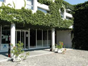 洛桑青年旅舍(Lausanne Youth Hostel Jeunotel)