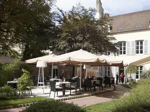 菲臘比勒邦酒店(Hotel Philippe le Bon)