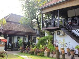 老撾別墅酒店(Villa Lao)