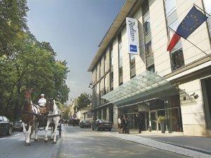 克拉科夫麗笙大酒店(Radisson Blu Hotel Krakow)