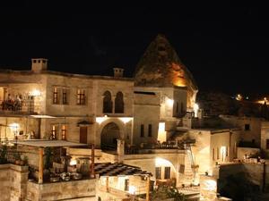 蘇丹洞穴套房酒店(Sultan Cave Suites)