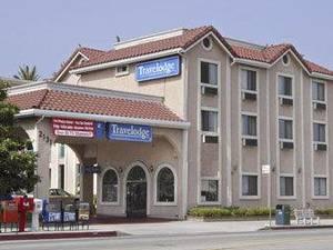 帕薩迪納特阿維洛奇森特羅酒店(Travelodge Pasadena Central)