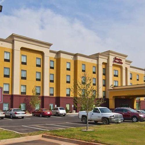 埃爾克城希爾頓歡朋旅館&套房酒店