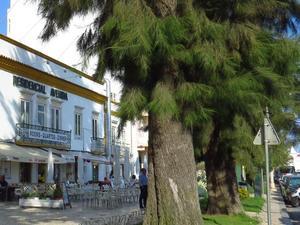 阿文尼達旅館(Residencial Avenida)